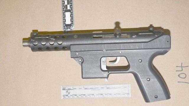 firearmsoffences-submachinegun