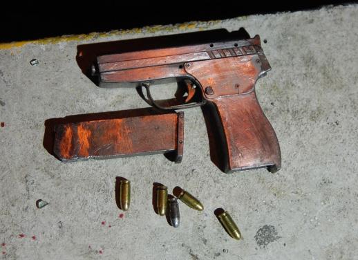 pistol05438improguns