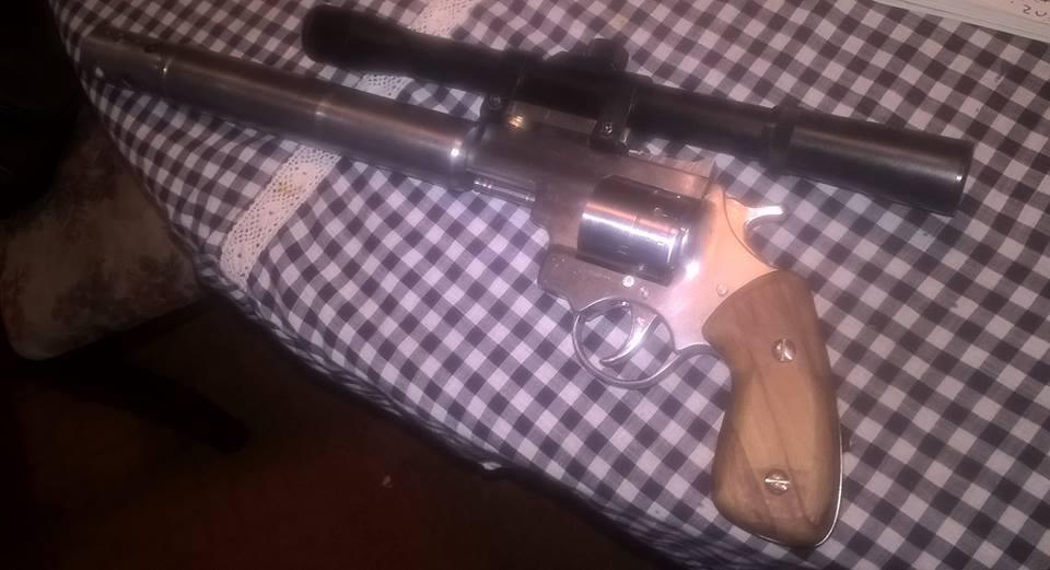 Professor Parabellum Impro Guns