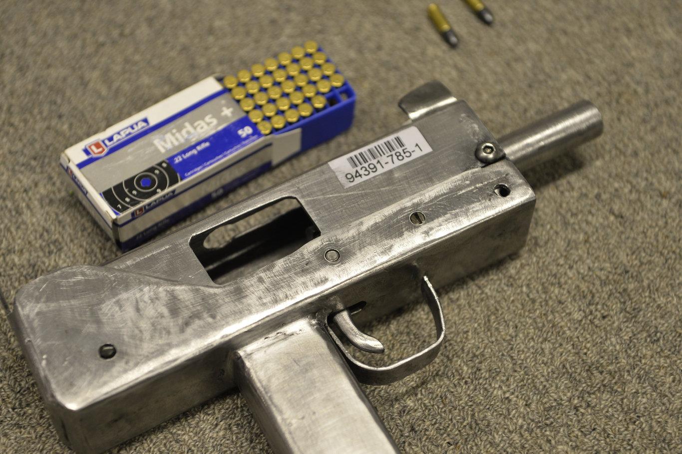 MAC 10 | Impro Guns