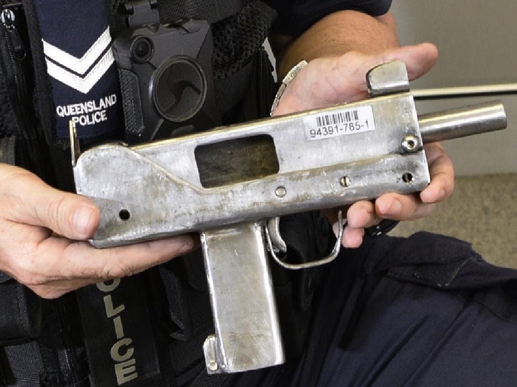 Homemade MAC-10 seized in Queensland, Australia | Impro Guns